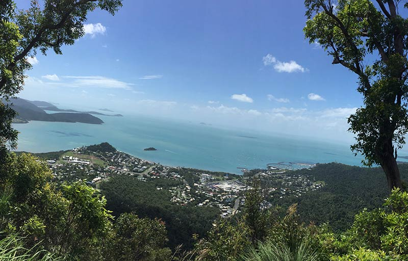 Airlie beach from Honeyeater lookout