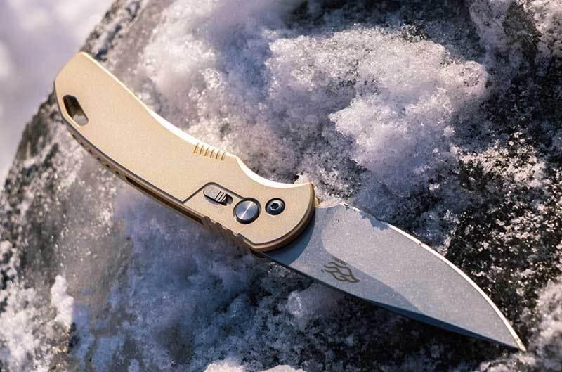 knife closeup